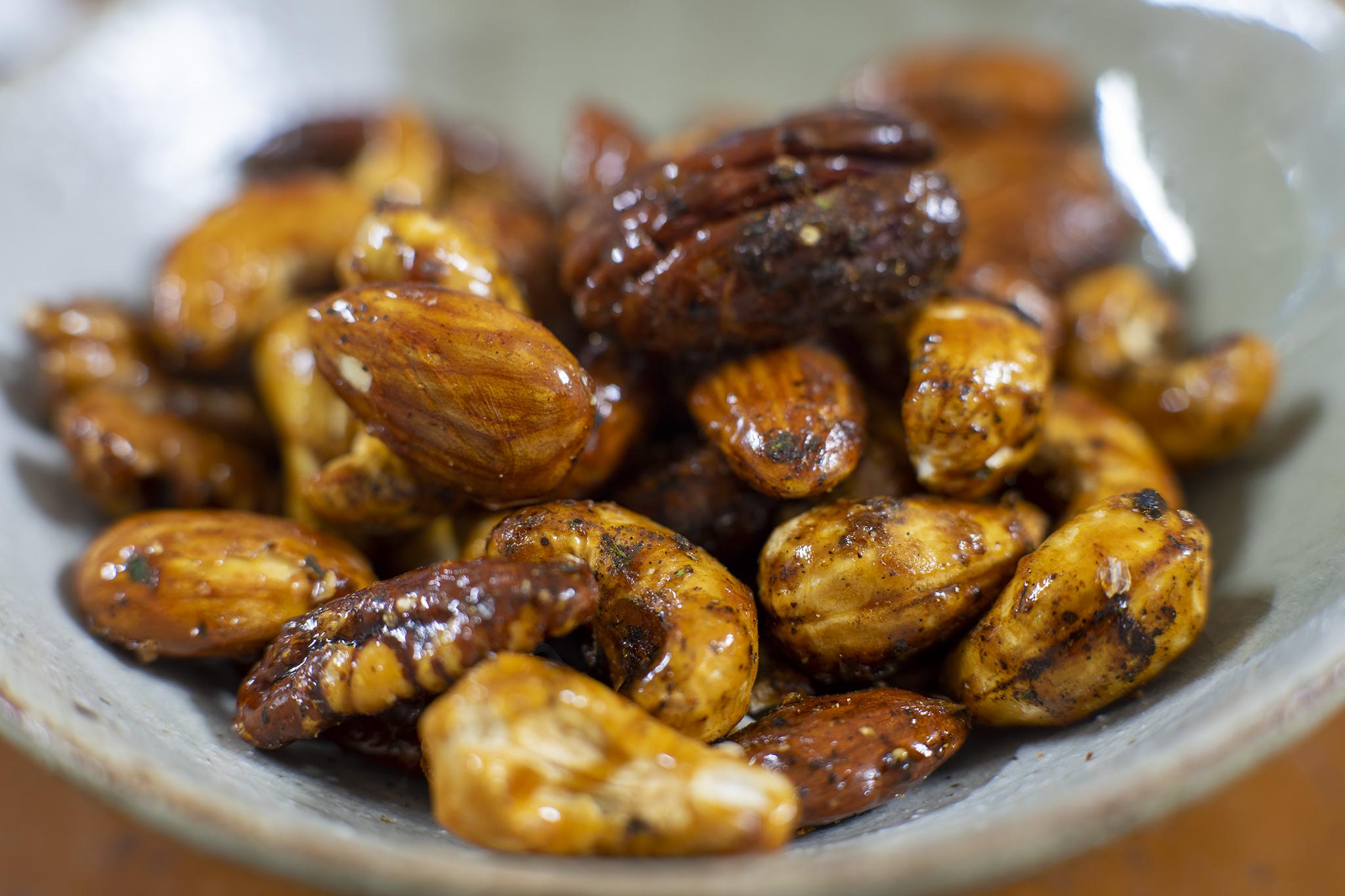 祇園「黒七味ナッツ」は山椒と七味と甘辛醤油が絶妙過ぎ!