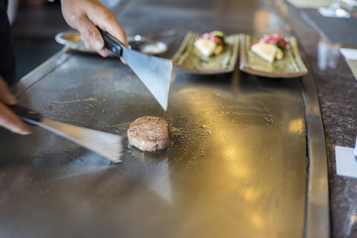 ホテルニューオウミ伊ぶきのステーキ