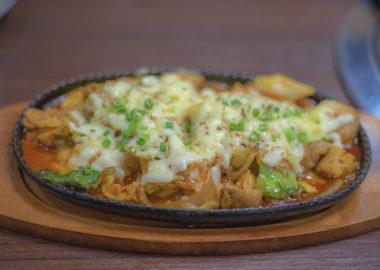 サランのチーズタッカルビ