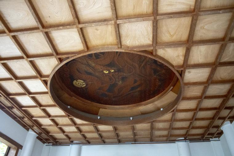 天龍寺慈済院の天井雲龍図