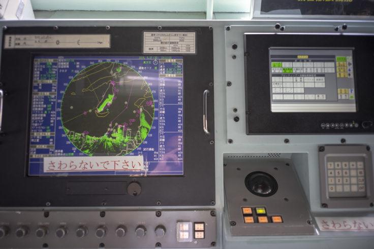 掃海母艦うらがの操縦室計器類4