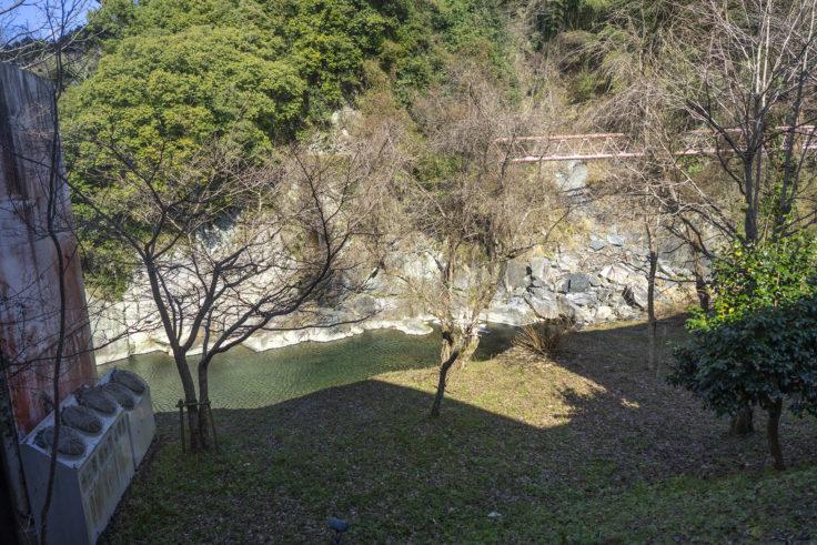 ふいご温泉の川田川