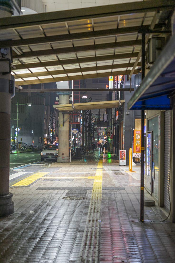 菊池寛通り南新町の横断歩道