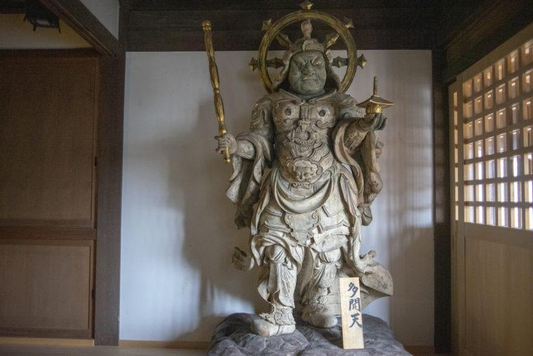 法然寺三仏堂の多聞天