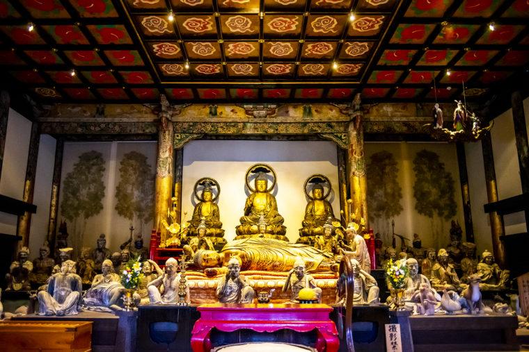 法然寺三仏堂の仏像2