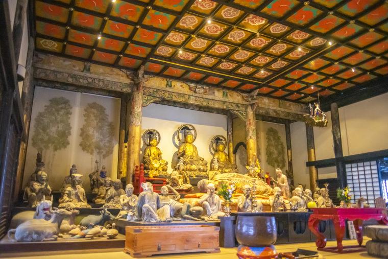 法然寺三仏堂の仏像