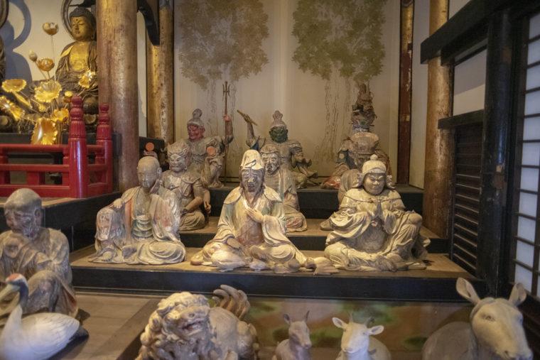 法然寺三仏堂の仏像たち
