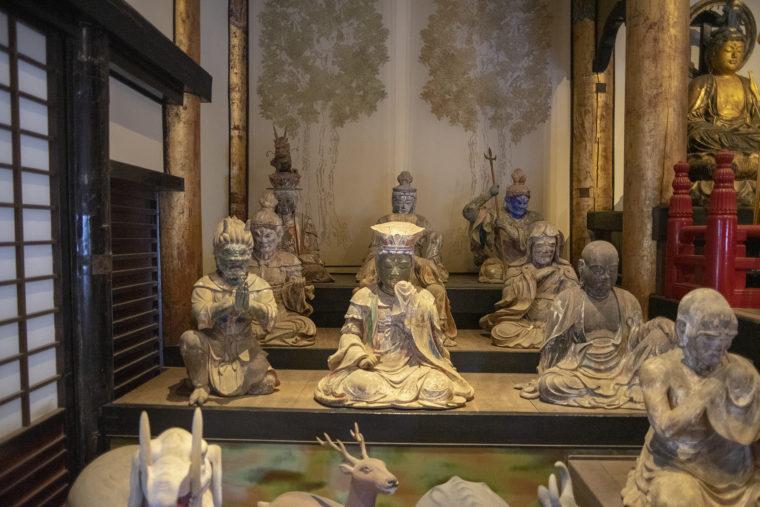 法然寺三仏堂の仏像たち3