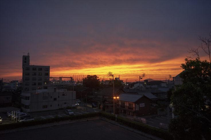 丸亀駅からの夕焼け