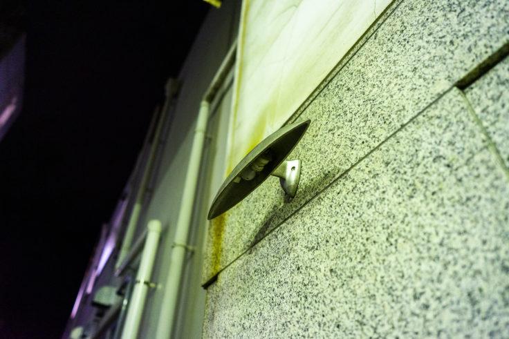 坂出市元町商店街アーケードの点かないライト