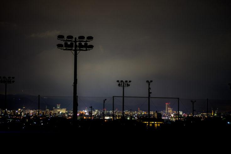 東部運動公園から見た高松シンボルタワー