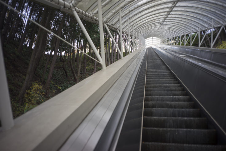 レオマワールドのエスカレーター