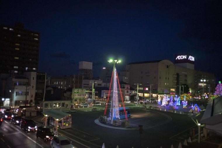 坂出駅前のイルミネーション