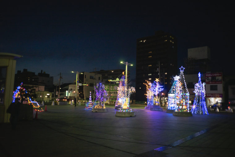 坂出駅前のイルミネーション2