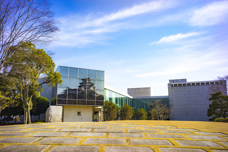 兵庫県立歴史博物館に映った姫路城