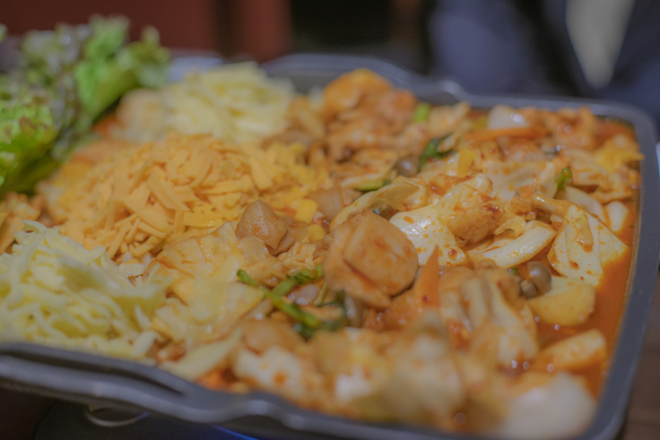 韓国料理双六のチーズダッカルビアップ