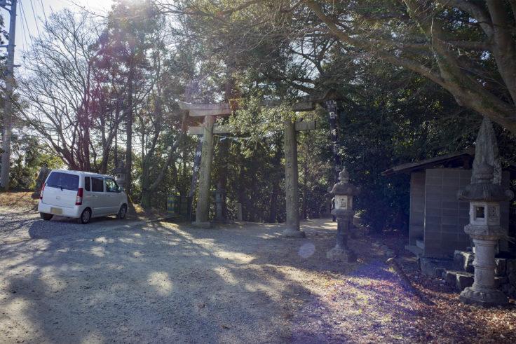 日峰神社鳥居