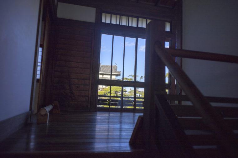 披雲閣2階