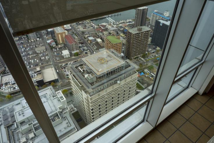高松シンボルタワー30階の階段からの眺め