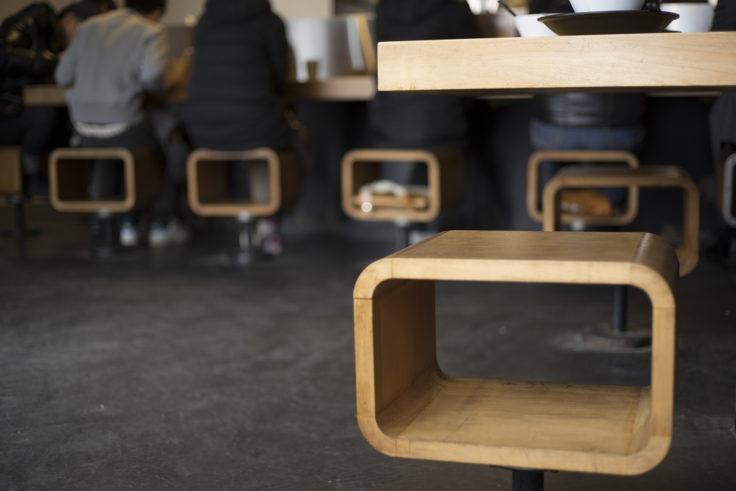 スープナッツの椅子