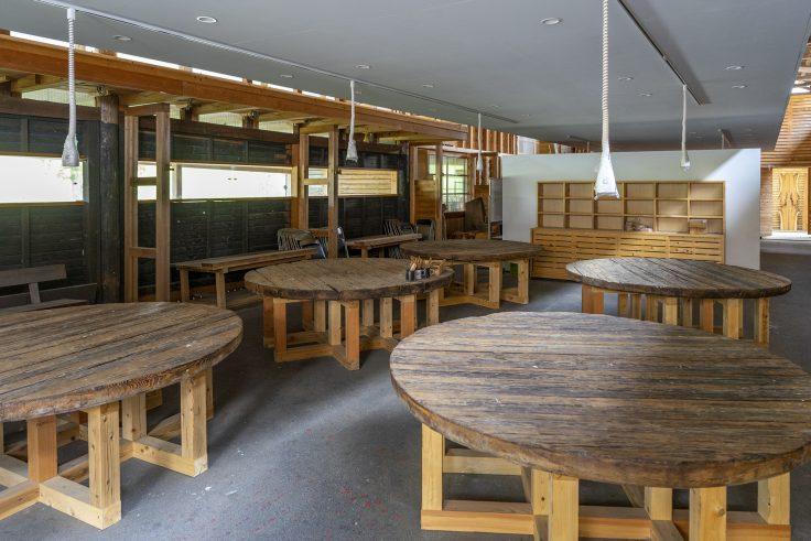 キトクラス、木材コーナー5