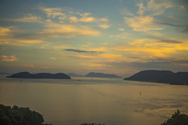 マリンライナーから見た瀬戸内海の夕焼け