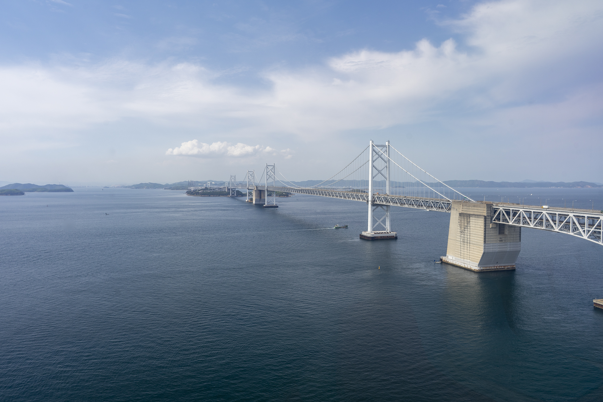 地上108m!瀬戸大橋タワーで瀬戸内海を眺望