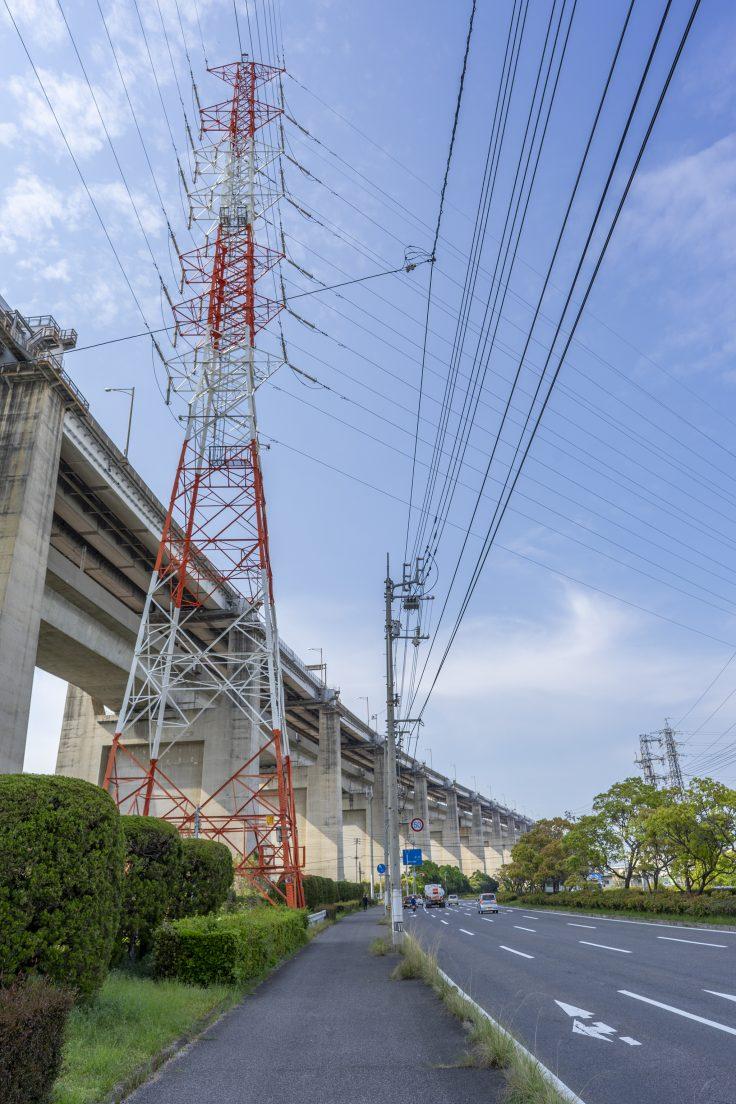 瀬戸大橋と鉄塔
