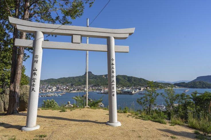 皇子神社の新しい鳥居