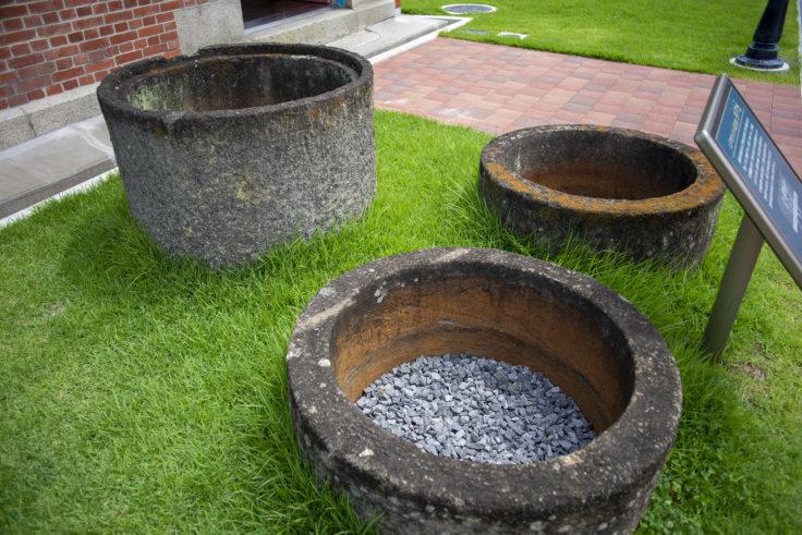 高松城の井戸側