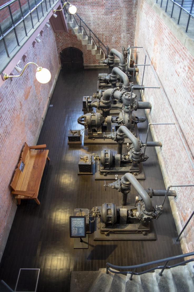 高松市水道資料館地階ポンプ室2