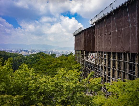 清水寺の舞台修復中