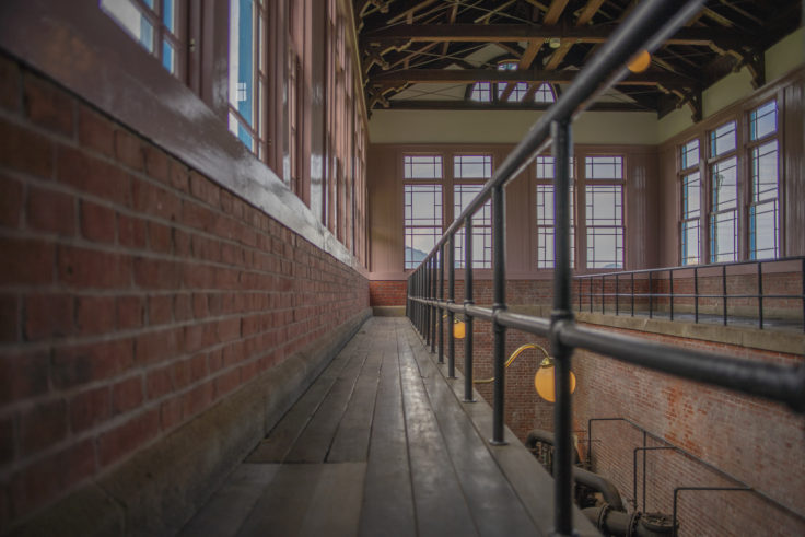 高松市水道資料館地下ポンプ室スナップ