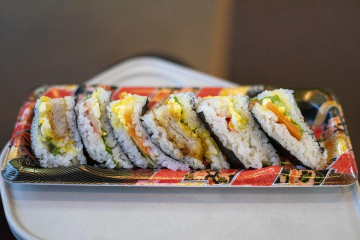 マリンライナーで寿司