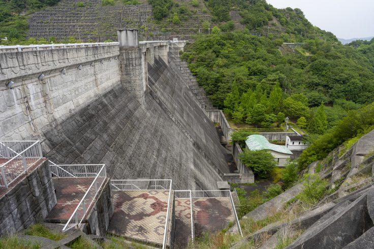 門入ダム北側