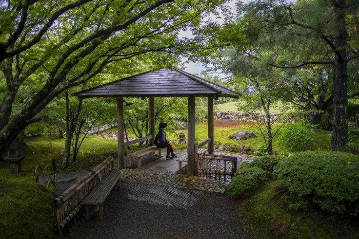 将軍塚庭園の東屋