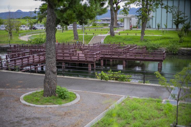 江川の湧水の橋