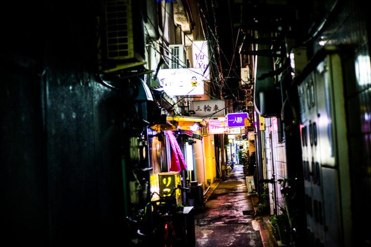 徳島市街地の路地裏