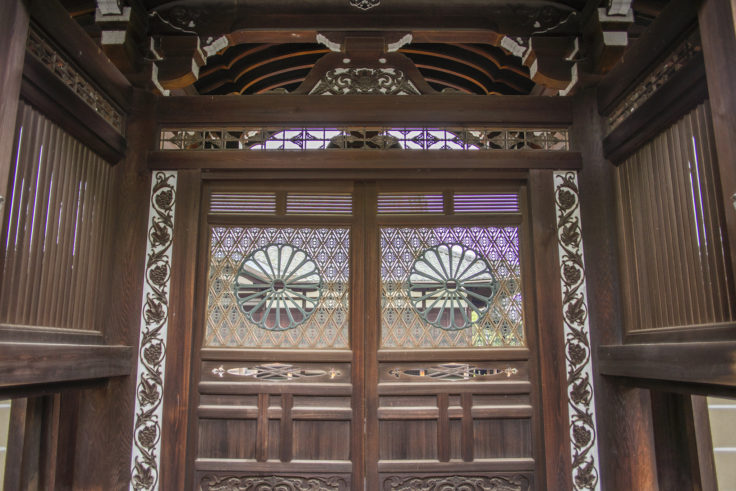東寺本坊の扉