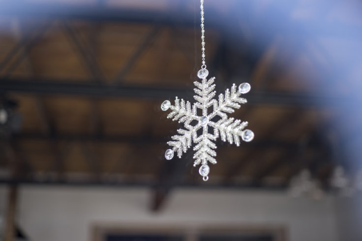 万台埠頭倉庫群の雪の結晶オブジェ