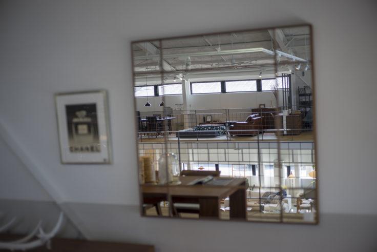 万台埠頭倉庫群ACTUS鏡
