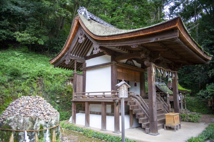 宇治上神社の春日社