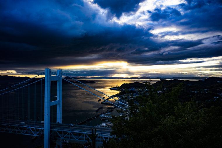 鷲羽山山頂からの瀬戸大橋夕焼け