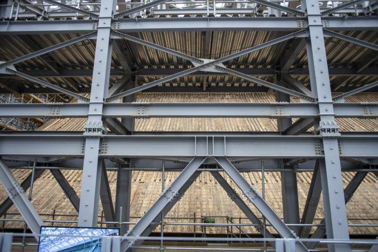 延暦寺根本中堂修復中の屋根
