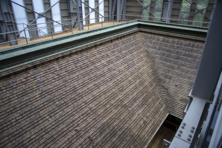 延暦寺根本中堂修復中の屋根4