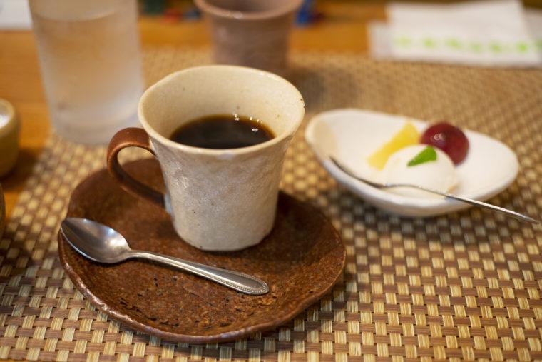 美味工房げんじ亭のコーヒーとシャーベット