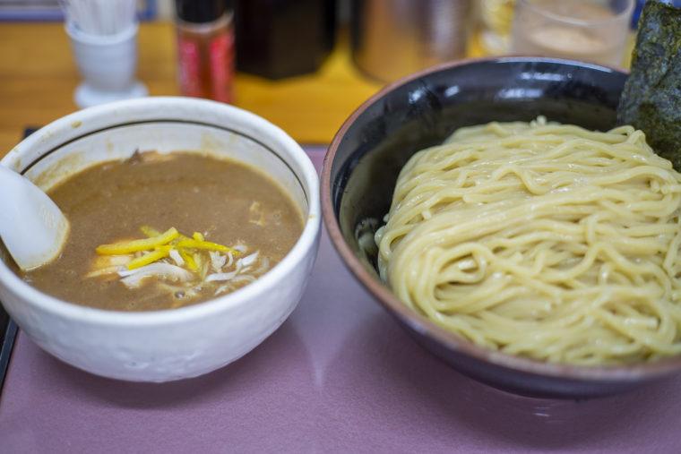 麺屋六根のつけ麺