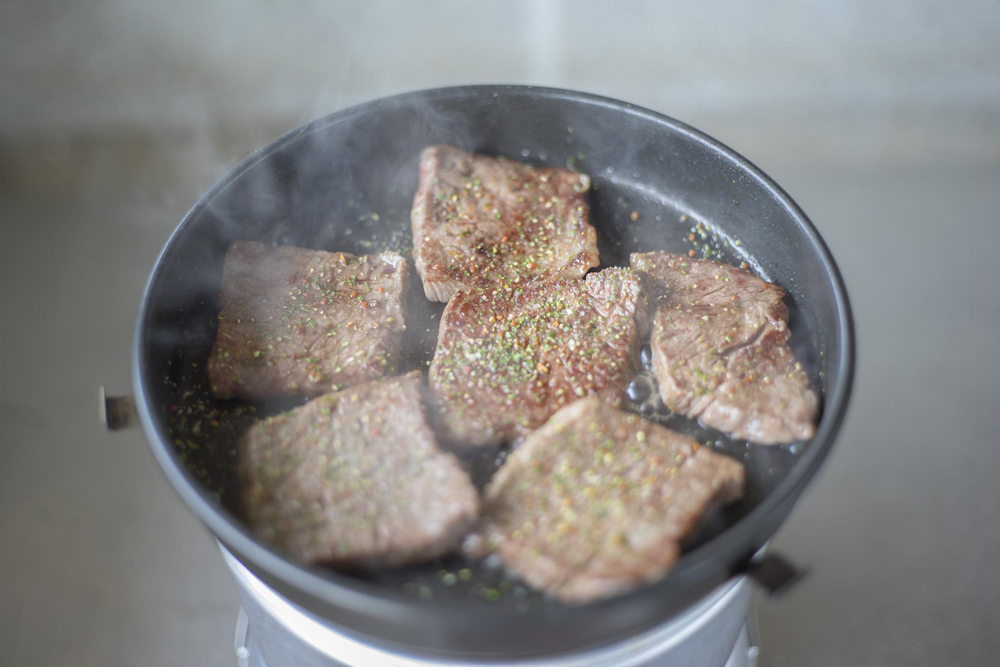 アウトドアで簡単調理「トランギア・ストームクッカー」はおすすめ