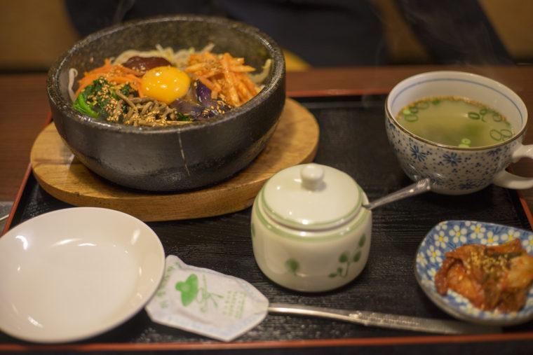 韓国家庭料理サランのビビンバセット