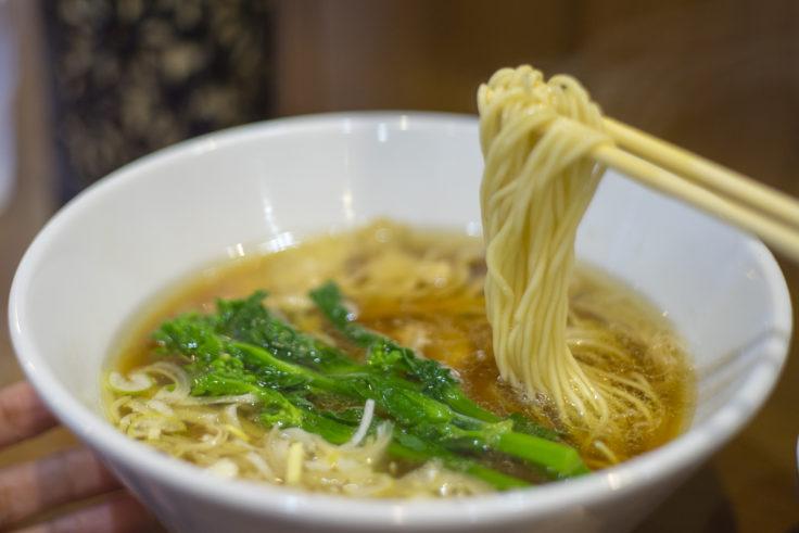 麺喰屋澤の純鶏そばリフトアップ